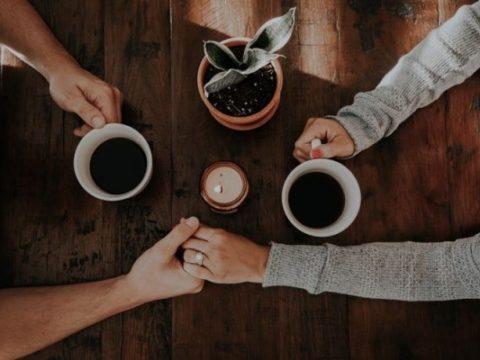 5 Cara Mengapresiasikan Usaha Pasangan