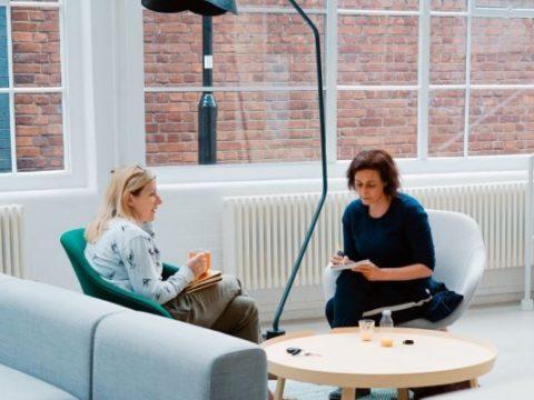 5 Cara Menghadapi Teman Kerja yang Toxic