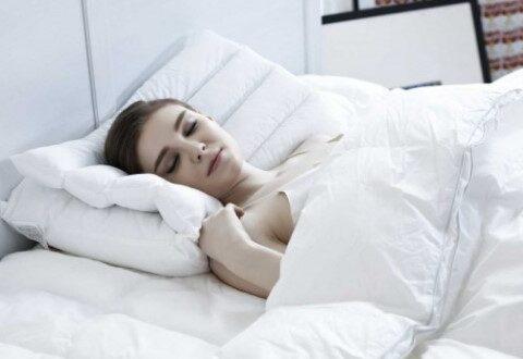 Ternyata Perempuan Lebih Rentan Mengalami Insomnia, Ini Penyebabnya