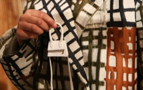 5 Fakta Brand Jacquemus yang Naik Daun karena Tas Super Kecilnya