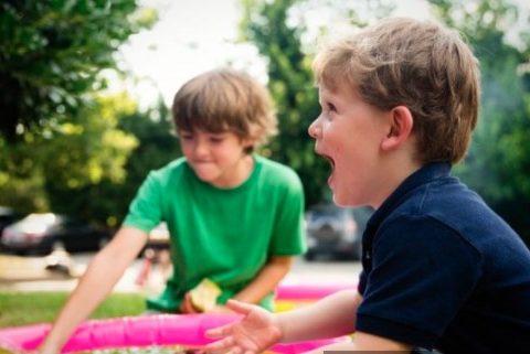 5 Cara agar Anak Tak Miliki Karakter Home Service, Biar Jadi Mandiri!